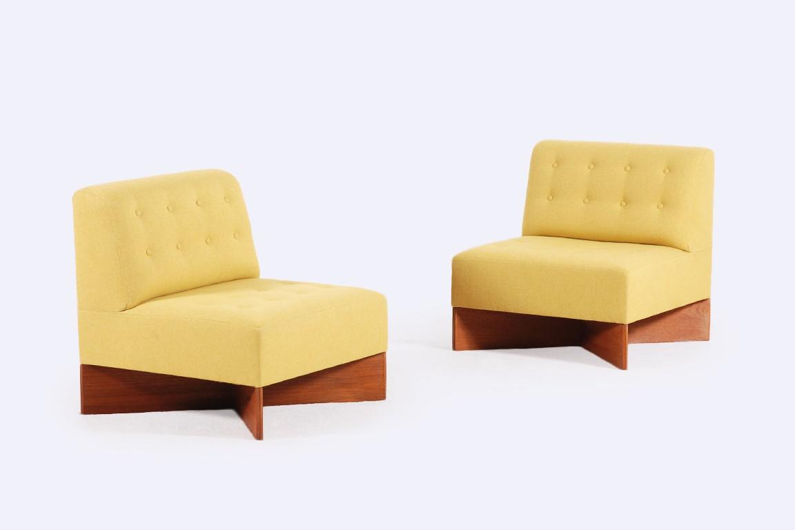 pierre guariche chauffeuses capitole jasper. Black Bedroom Furniture Sets. Home Design Ideas